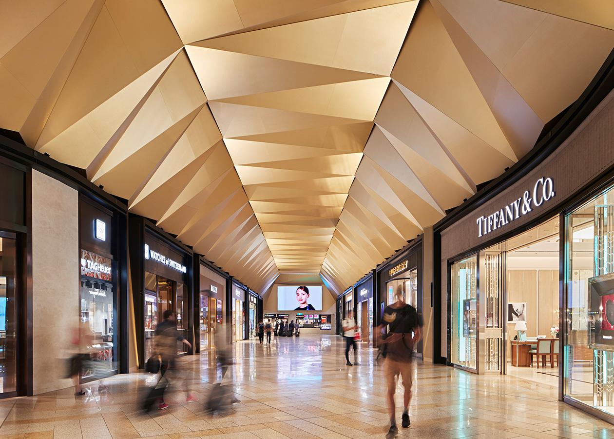Melbourne Airport T2 Luxury Retail