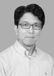 Adrian Tung1